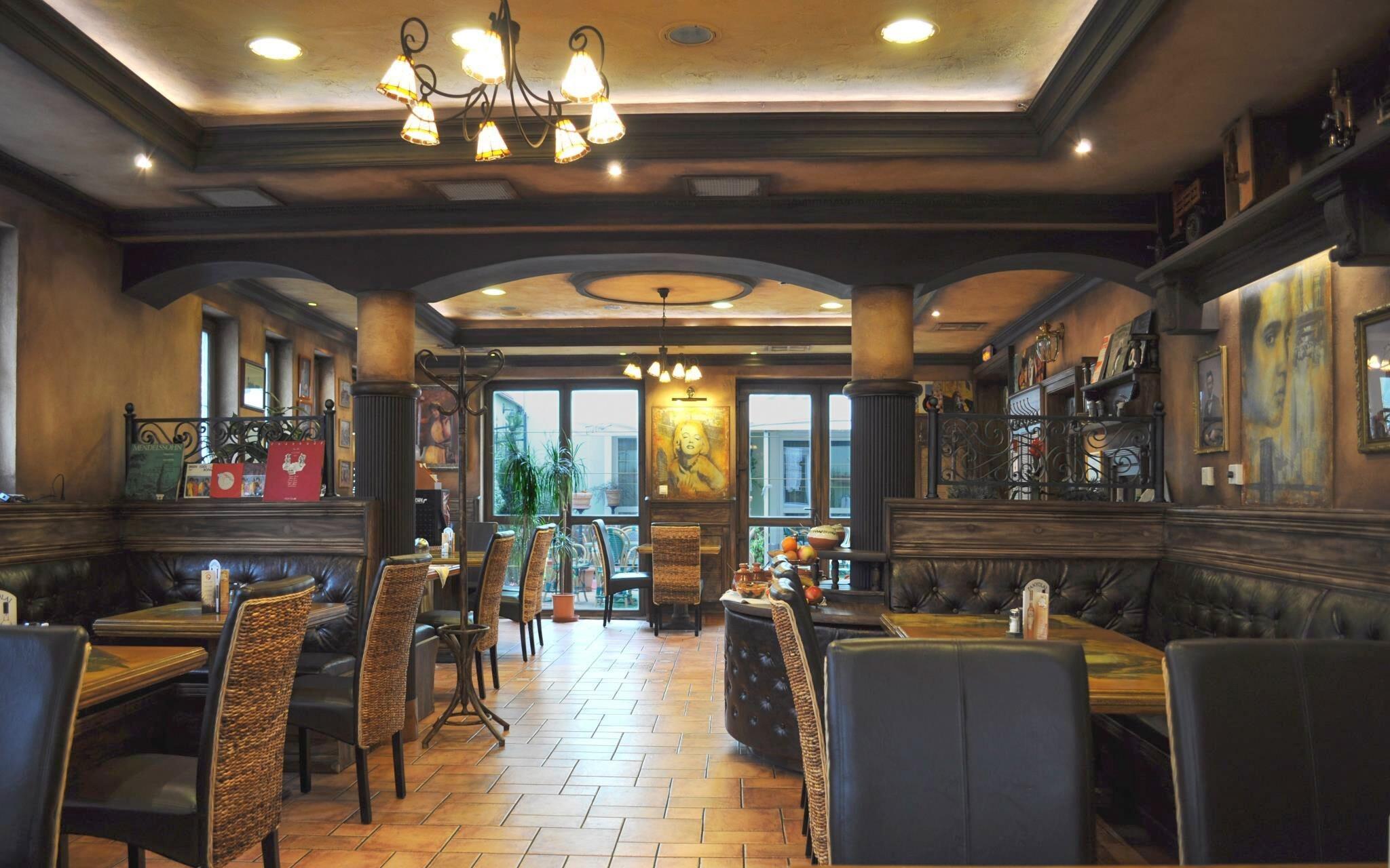 Restaurace, Hotel Villa Classica ****, Pápa