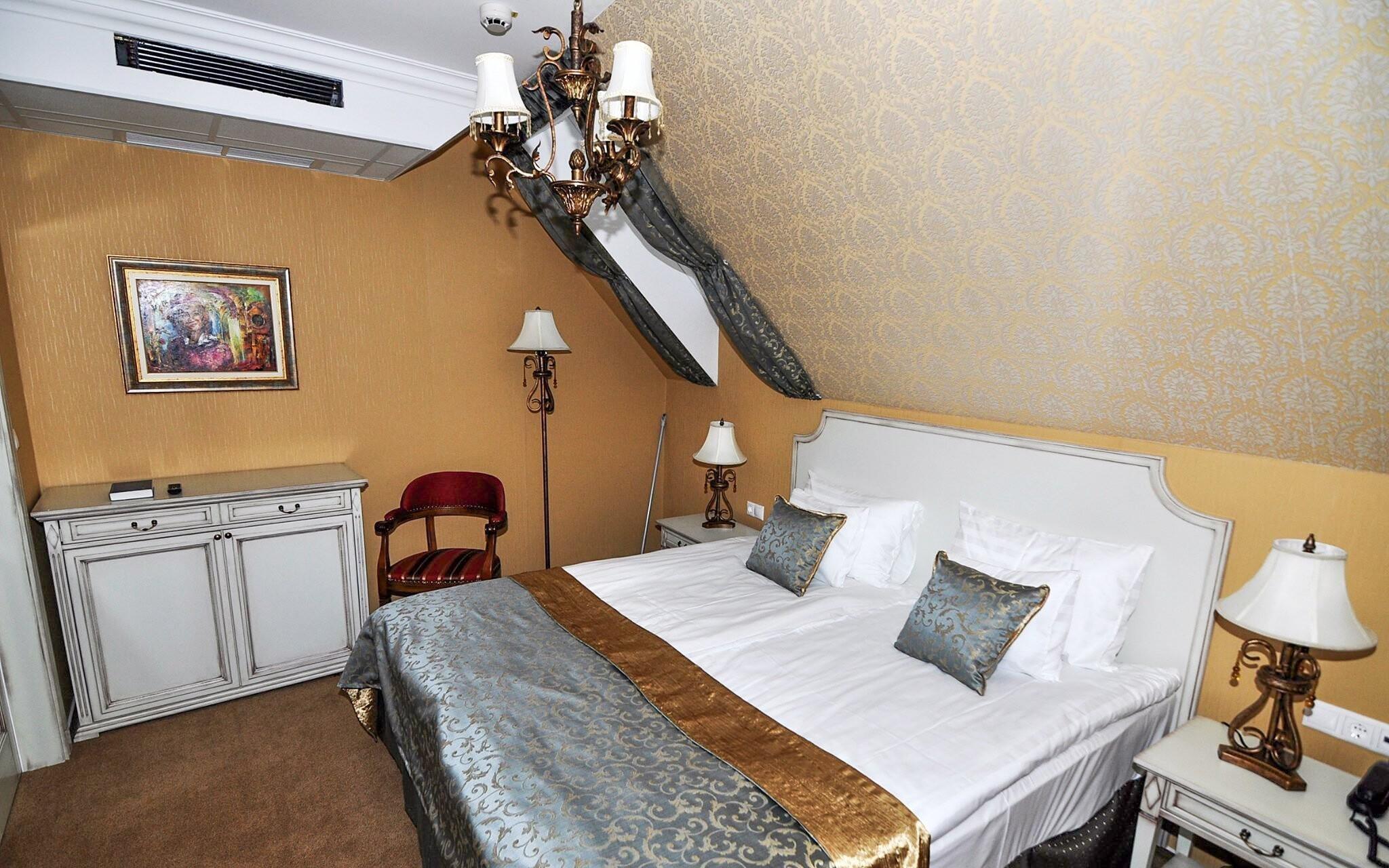Pokoje jsou zařízeny stylově, Hotel Villa Classica, Pápa
