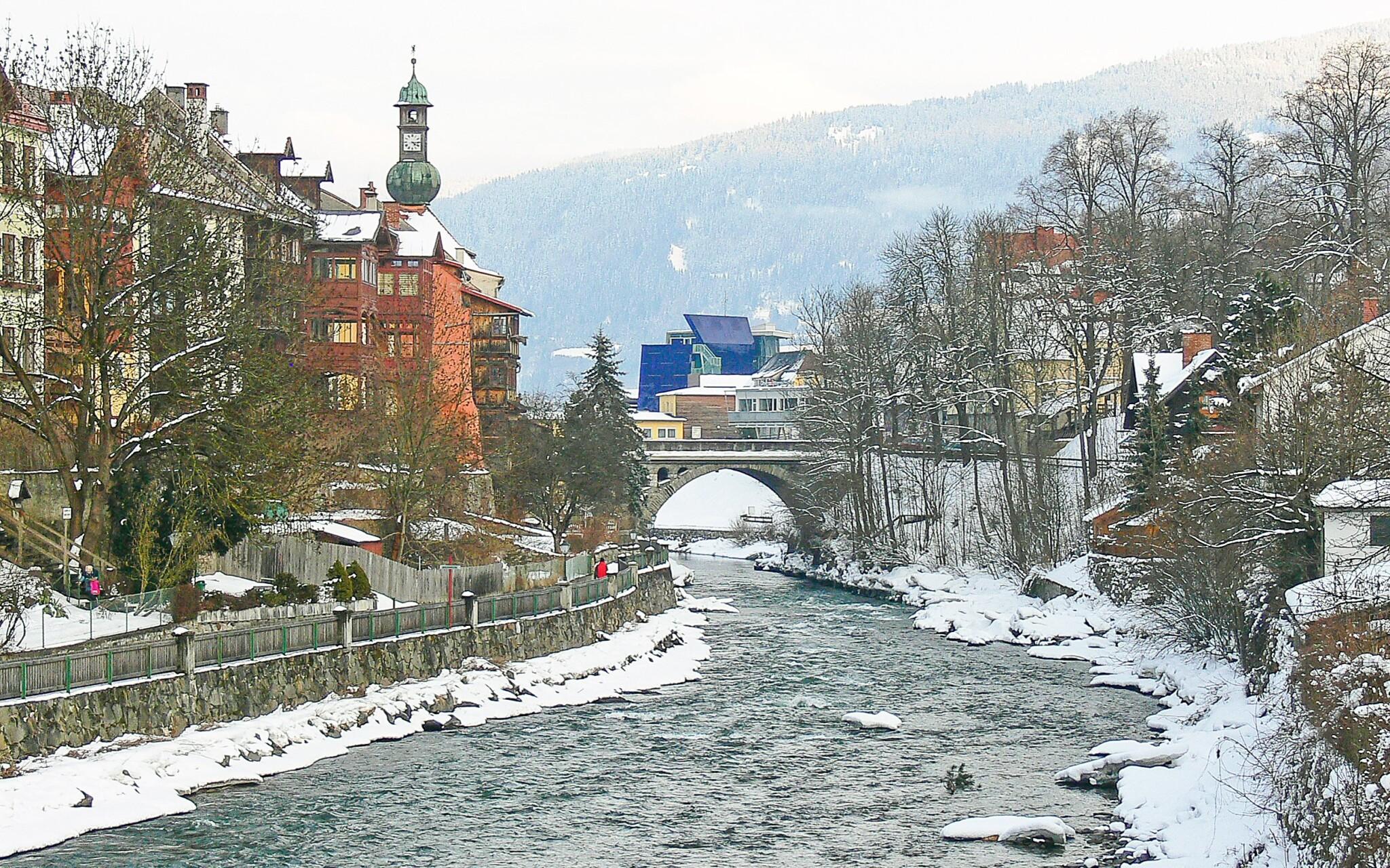Stredisko Murau a rieka Mur, rakúské Alpy
