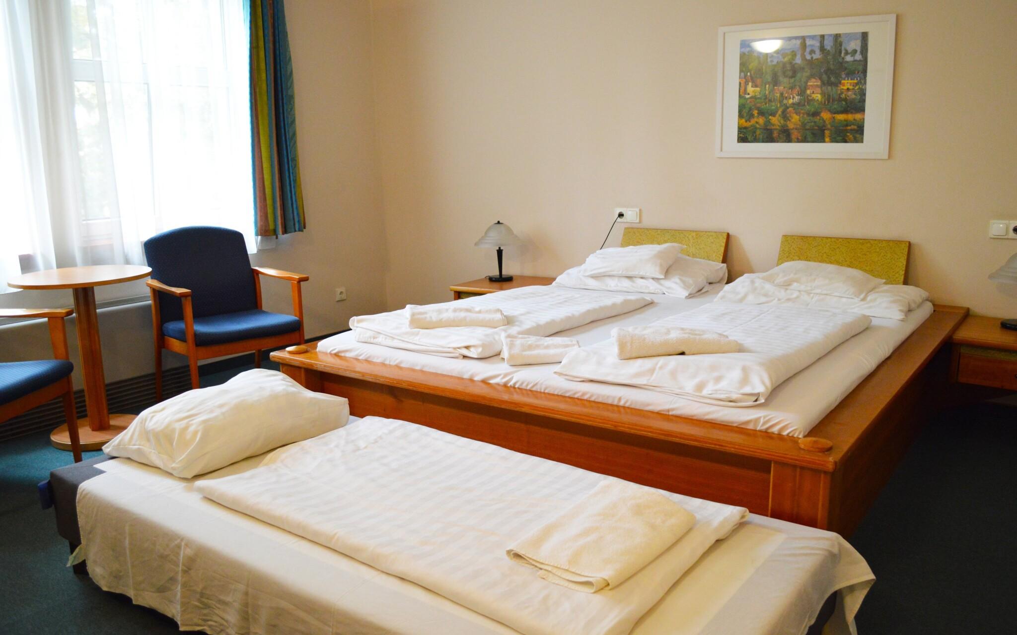 Dvojlôžkové izby sú pohodlne vybavené