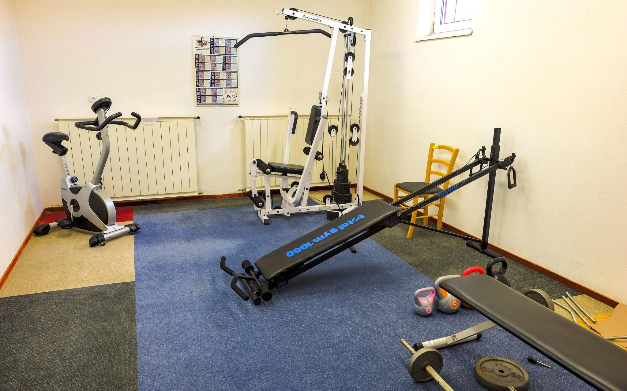 K dispozici je také fitness centrum