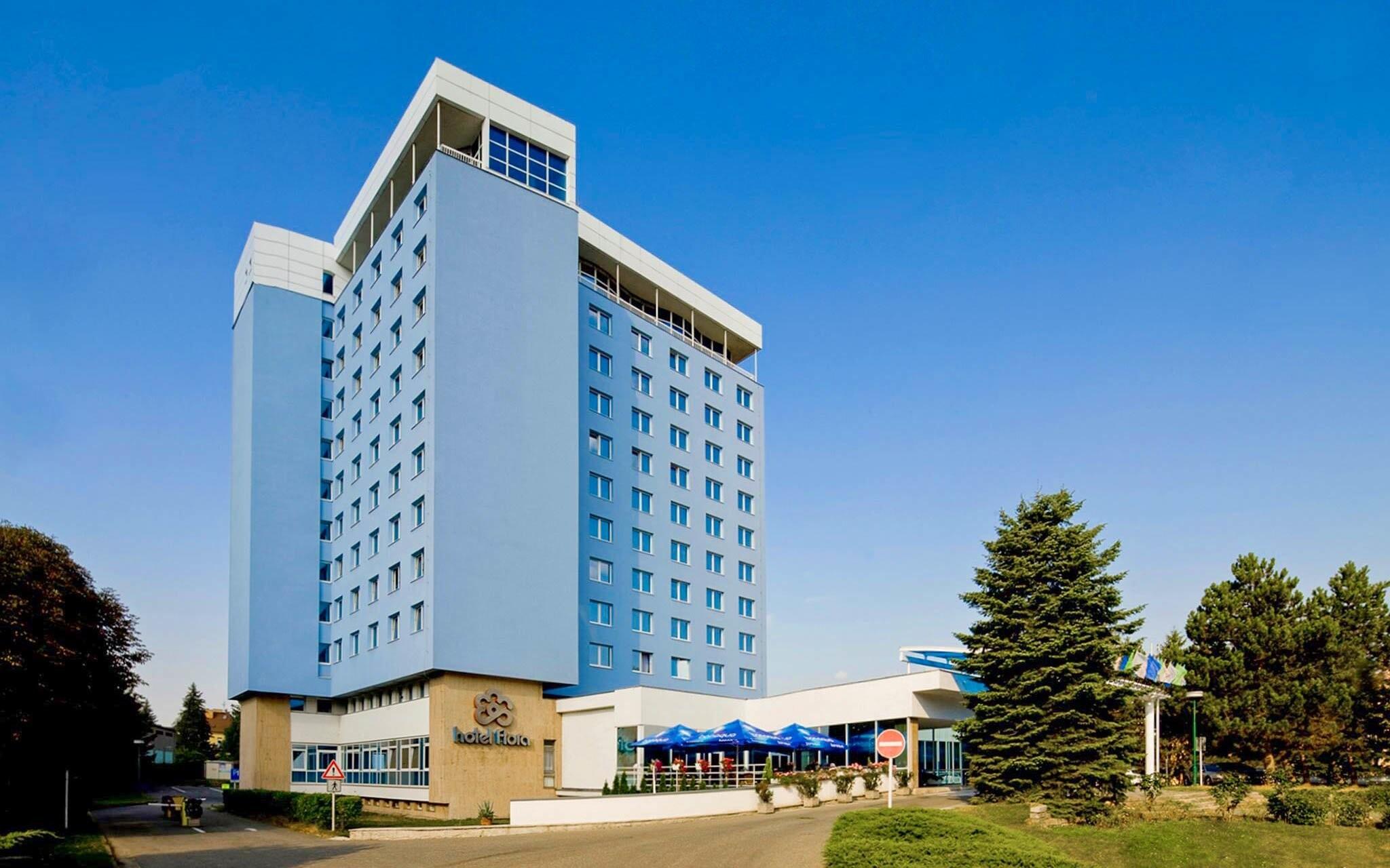 Hotel Flora *** stojí v parku v centre Olomouca