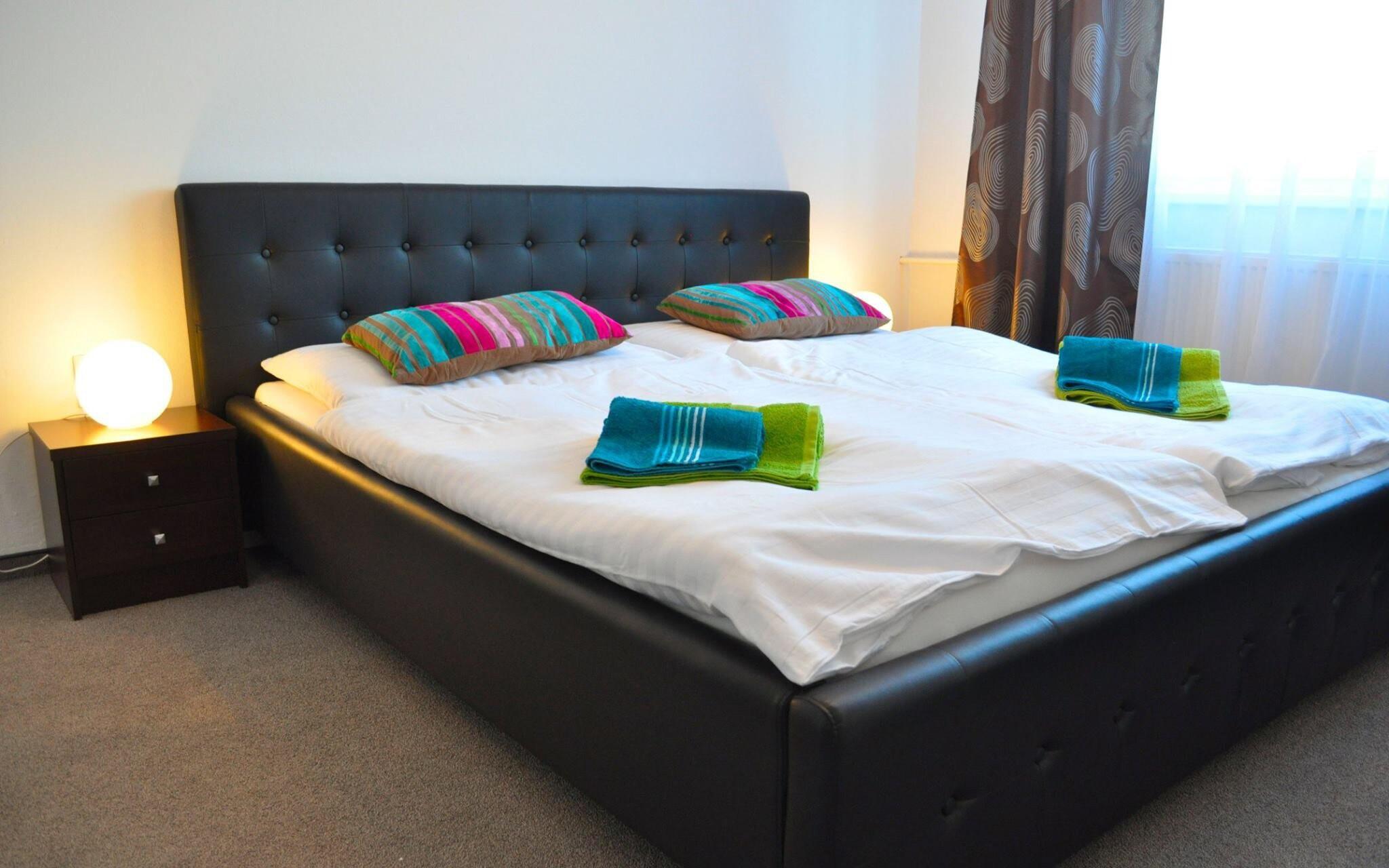 Útulné izby, prístelka, Hotel Rezident, Turčianske Teplice