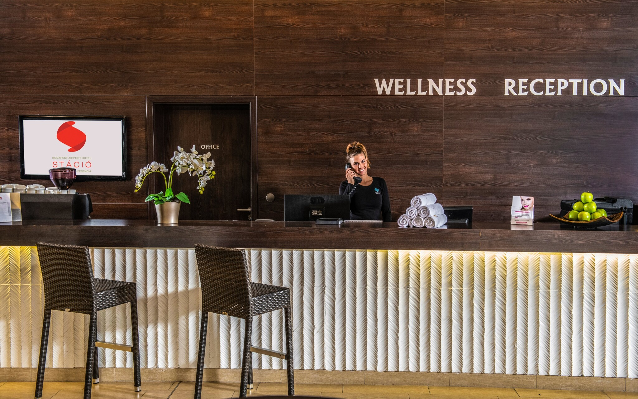 Wellness recepcie a lobby, Hotel stačíme