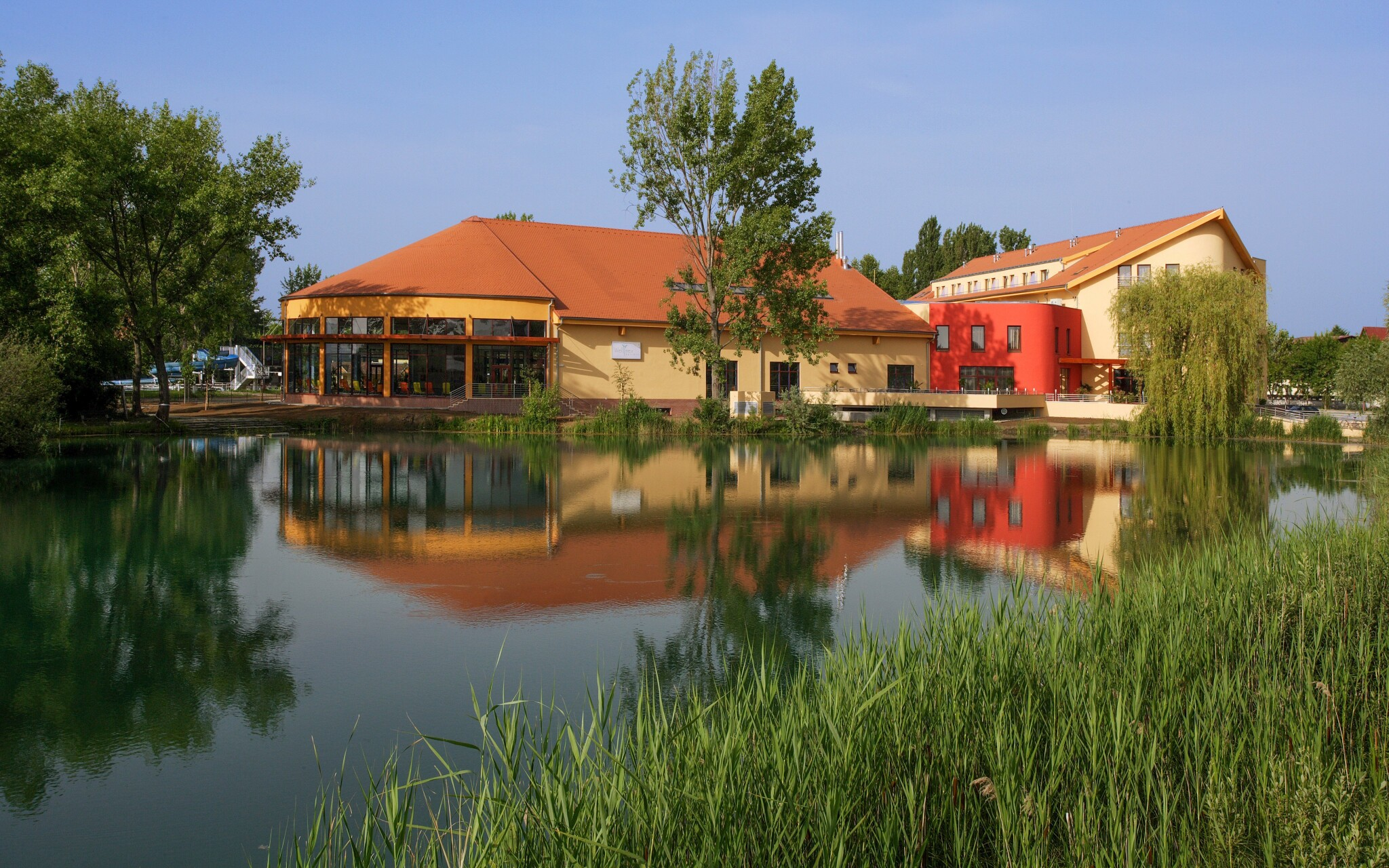 Wellness hotel Patince ****, termální voda, lázně