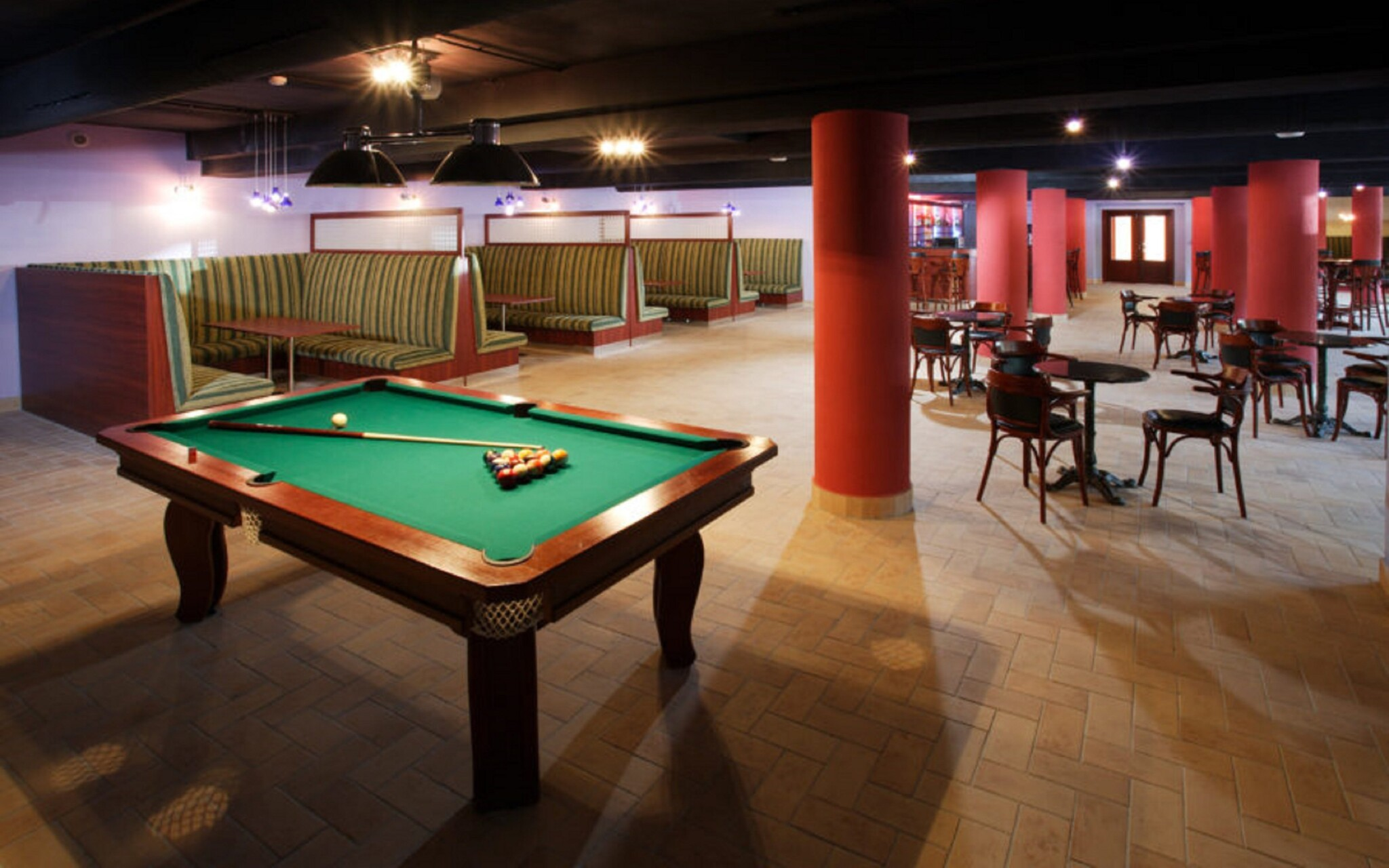 Bowling bar, biliard, Wellness Hotel Patince ****
