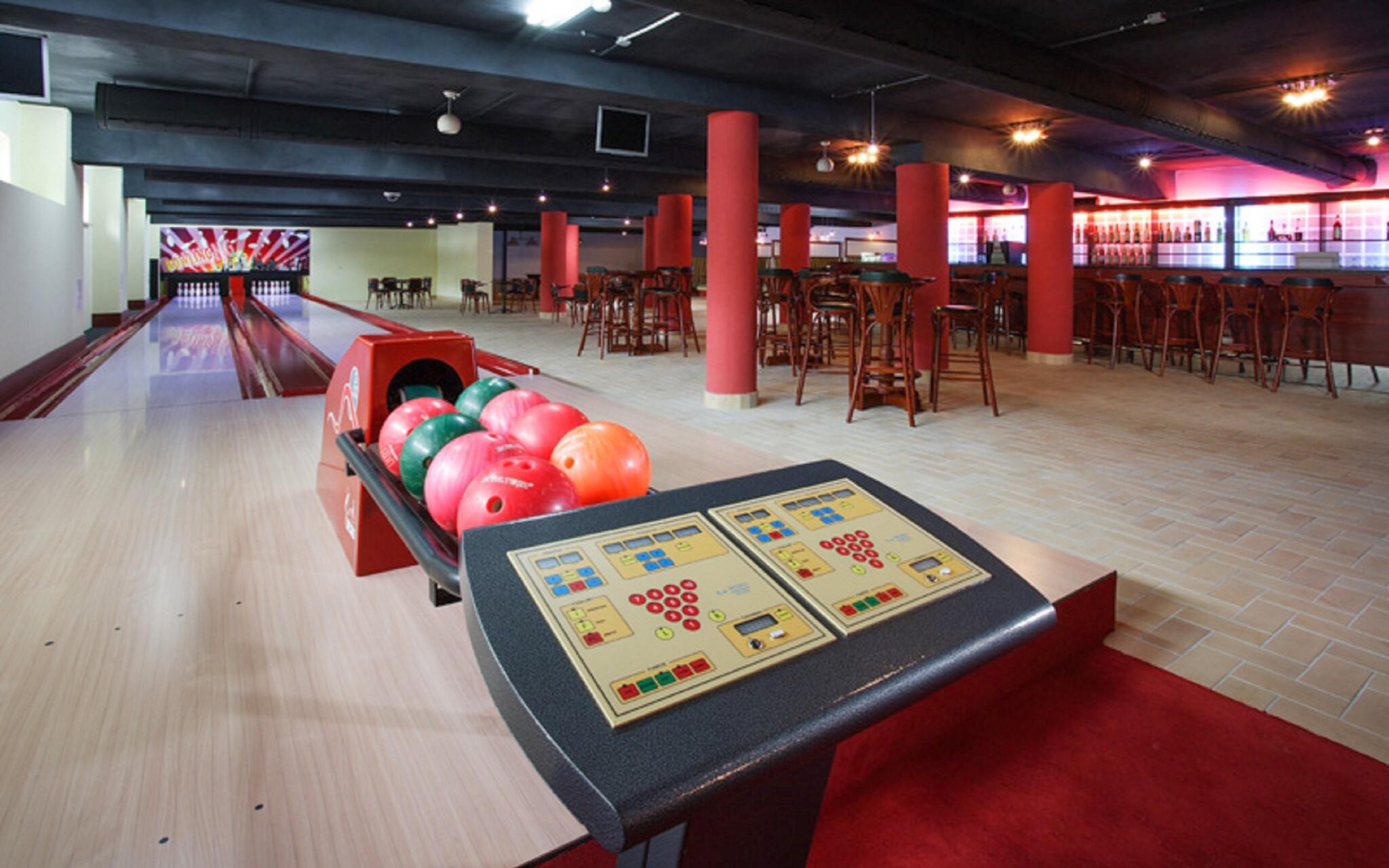 Bowling bar, kulečník, Wellness hotel Patince ****