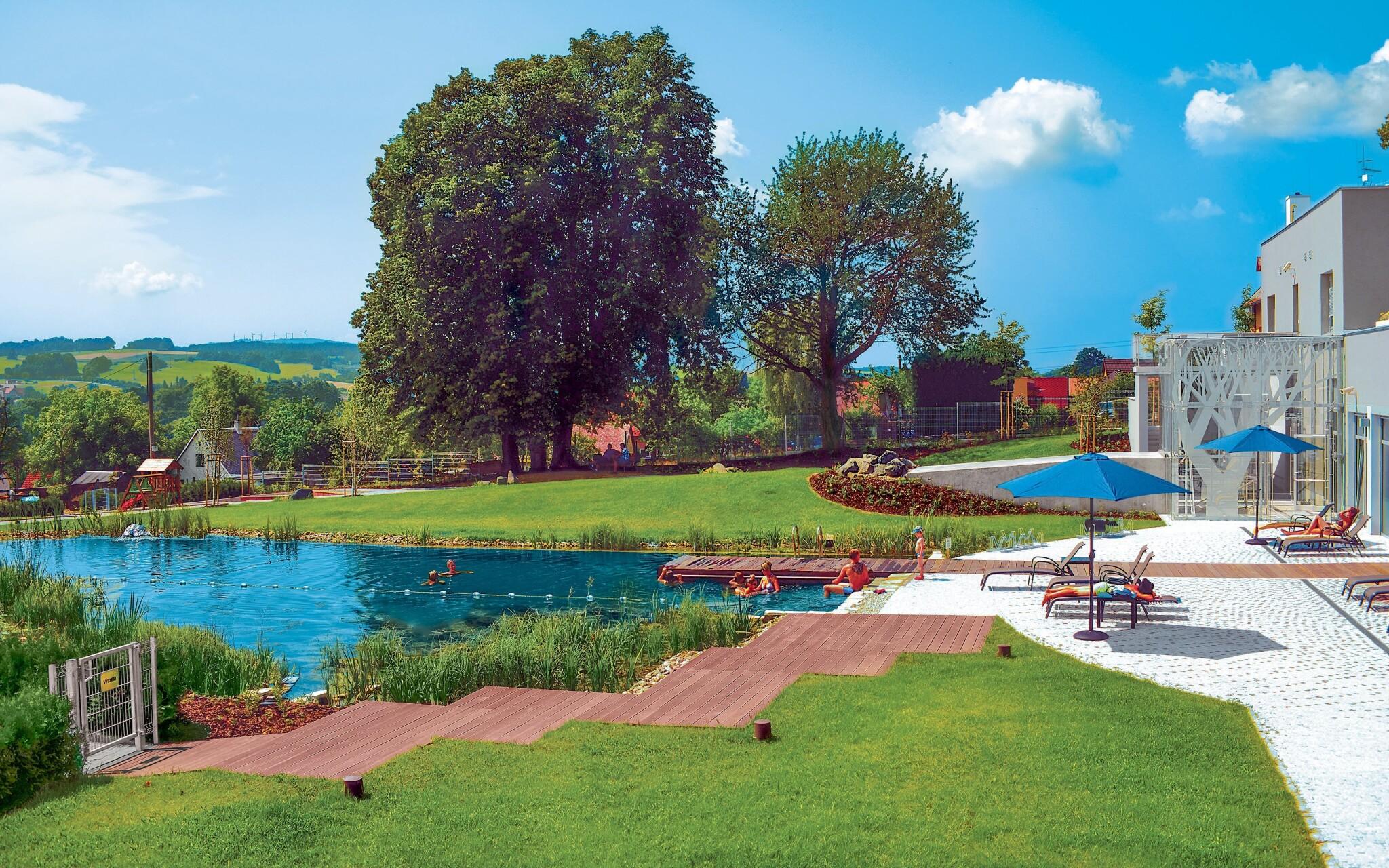 Biotop, venkovní bazén, Hotel Antonie ****, Jizerské hory