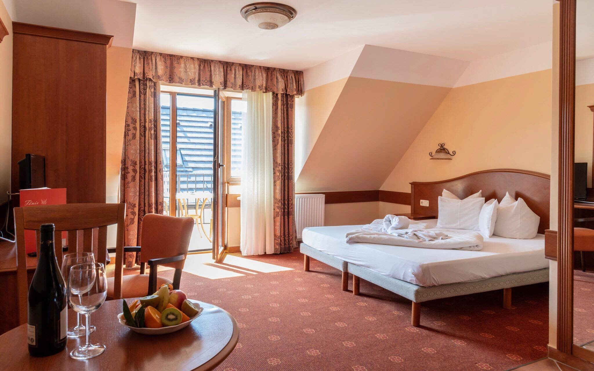 Pokoje ve Főnix Club Hotelu & Wellness *** jsou útulné