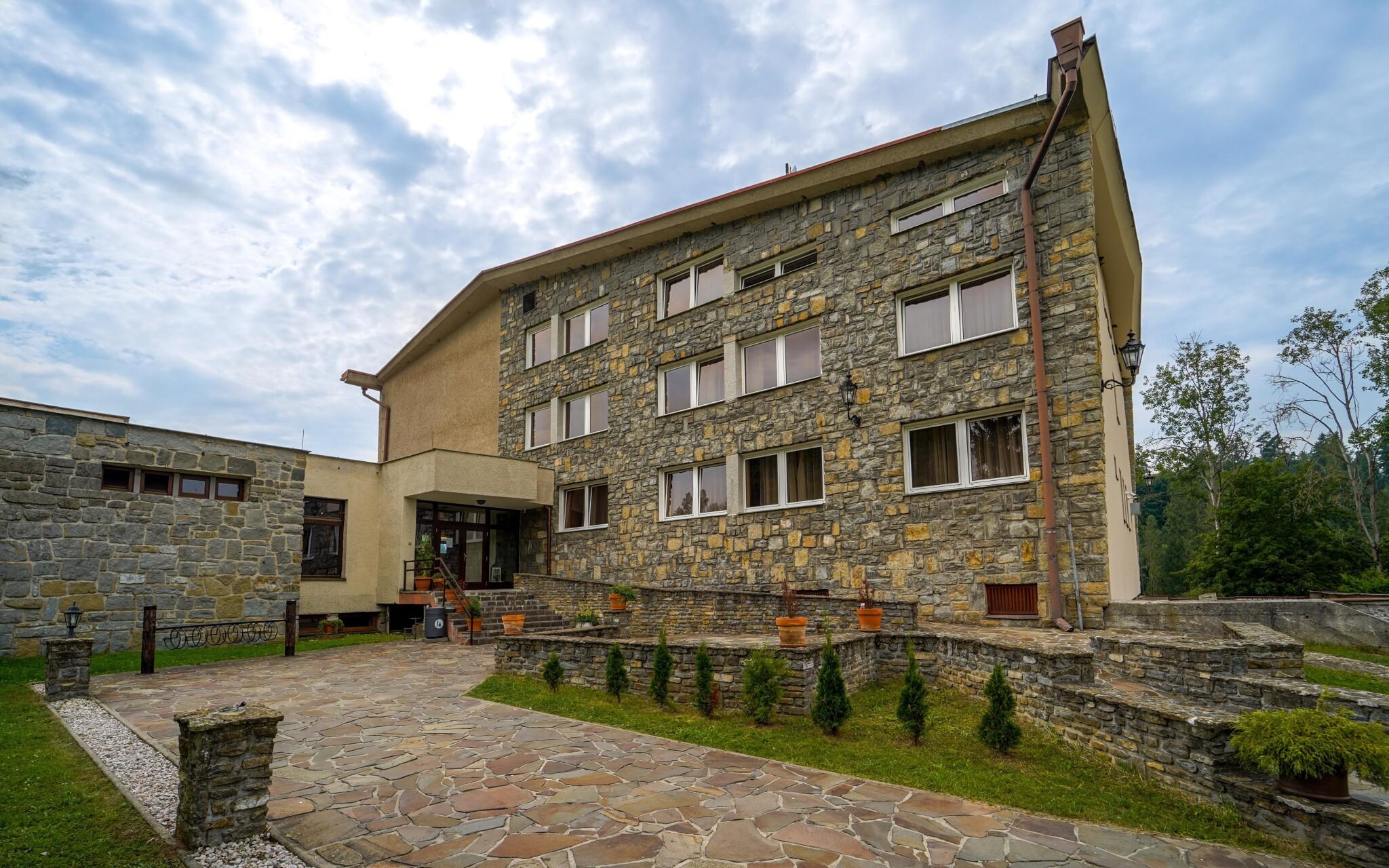 Hotel sa nachádza v Národnom parku Slovenský raj