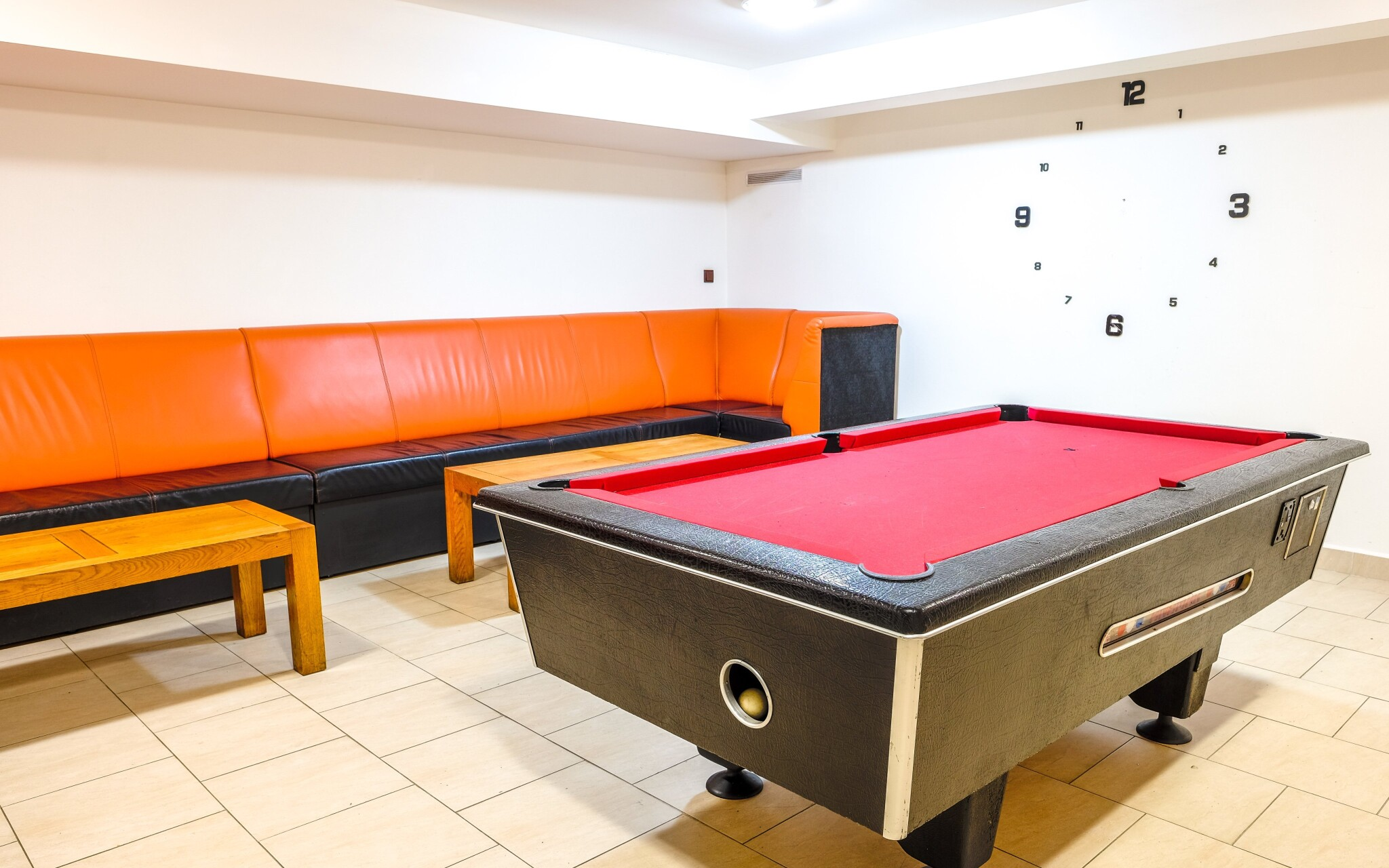 V hoteli nájdete stolný futbal aj biliard