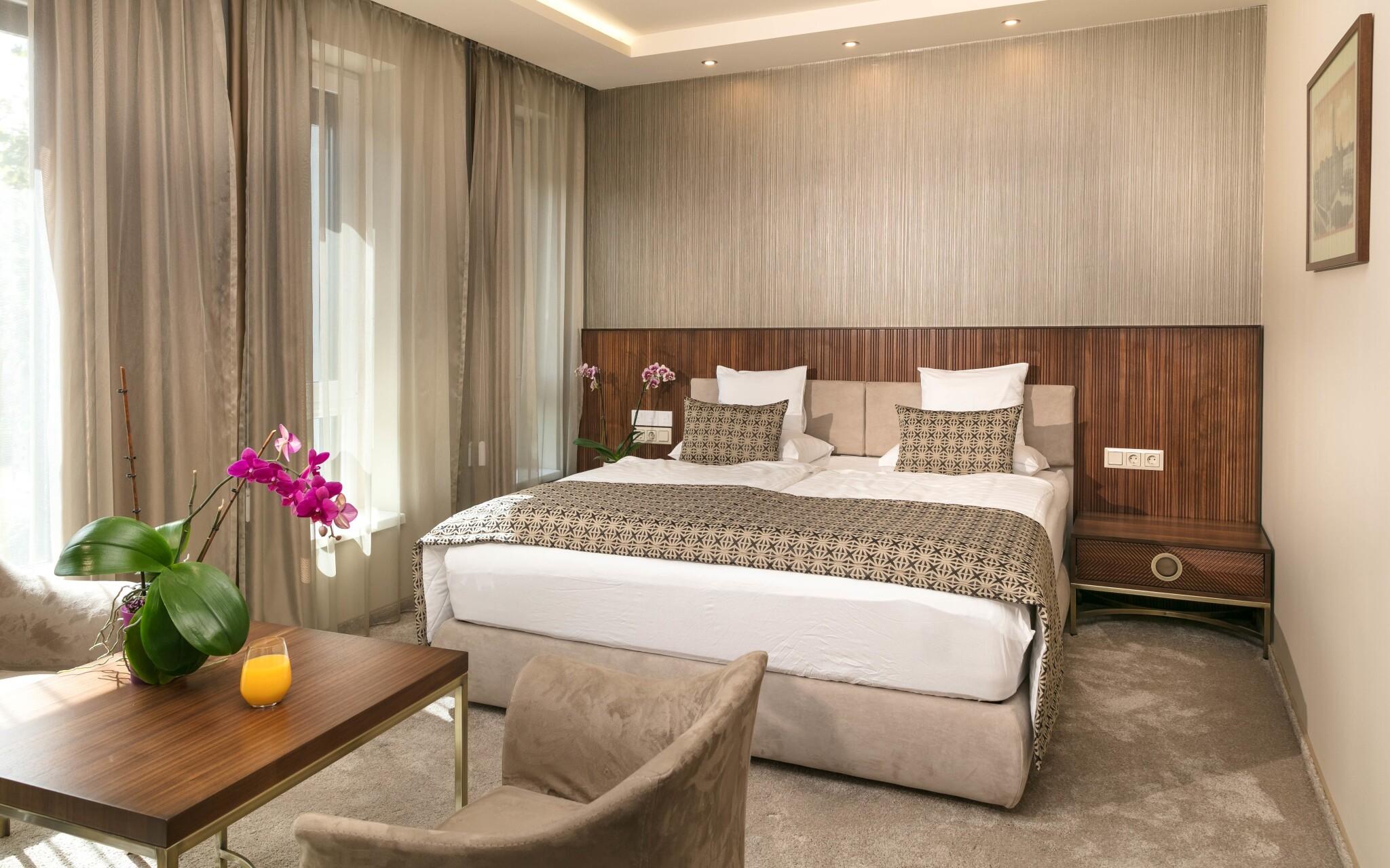 Pokoj Deluxe za příplatek, Hotel Kálvária ****