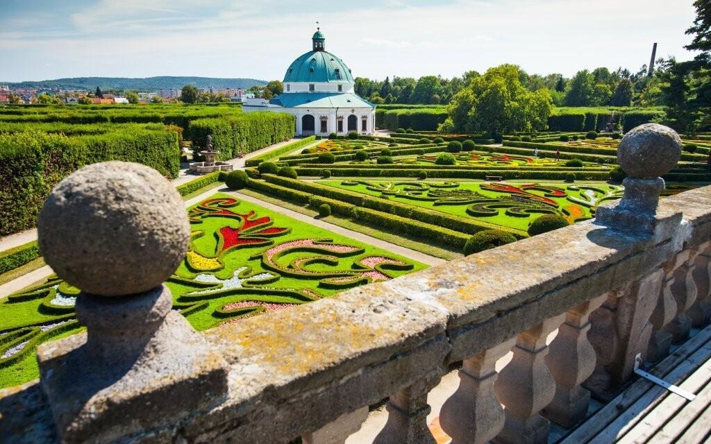 Arcibiskupský zámek je památka UNESCO