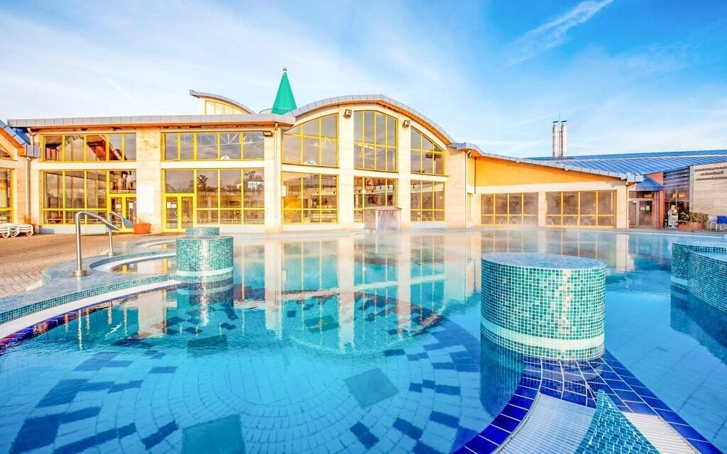 Užijte si vstup do lázní, Hotel Aqua ***, Sárvár