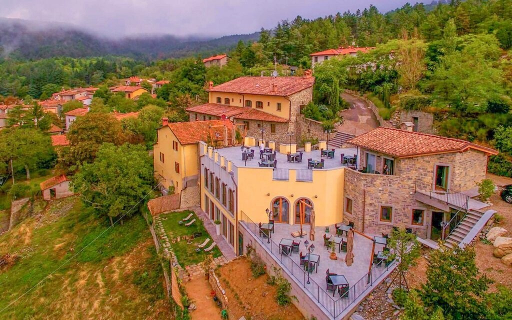 Hotel Borgo I Tre Baroni **** leží v čarovnej oblasti