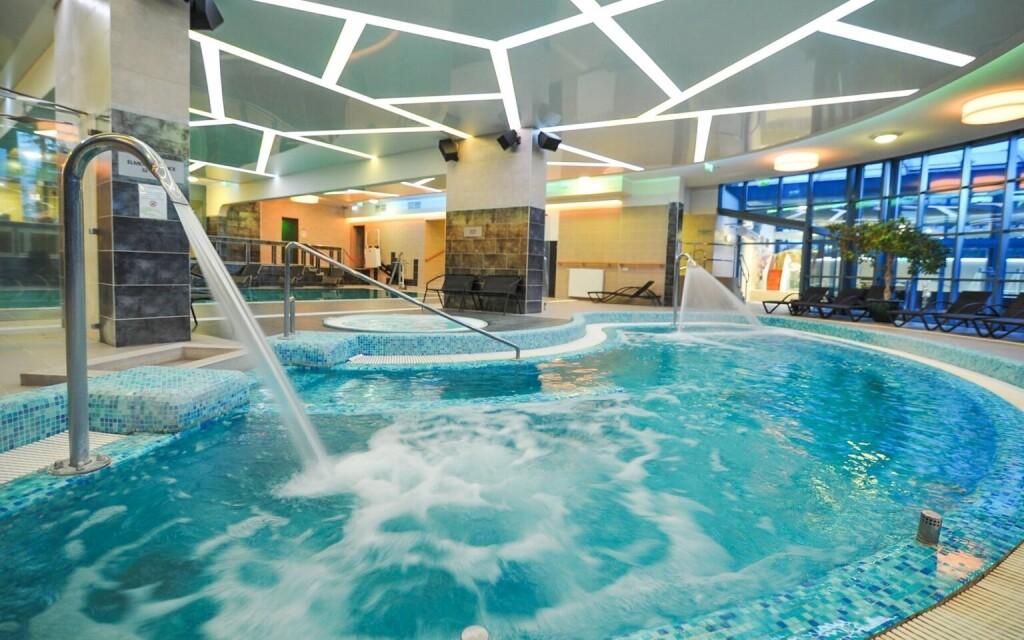 Těšte se na parádní wellness centrum, Hotel Eger & Park ****