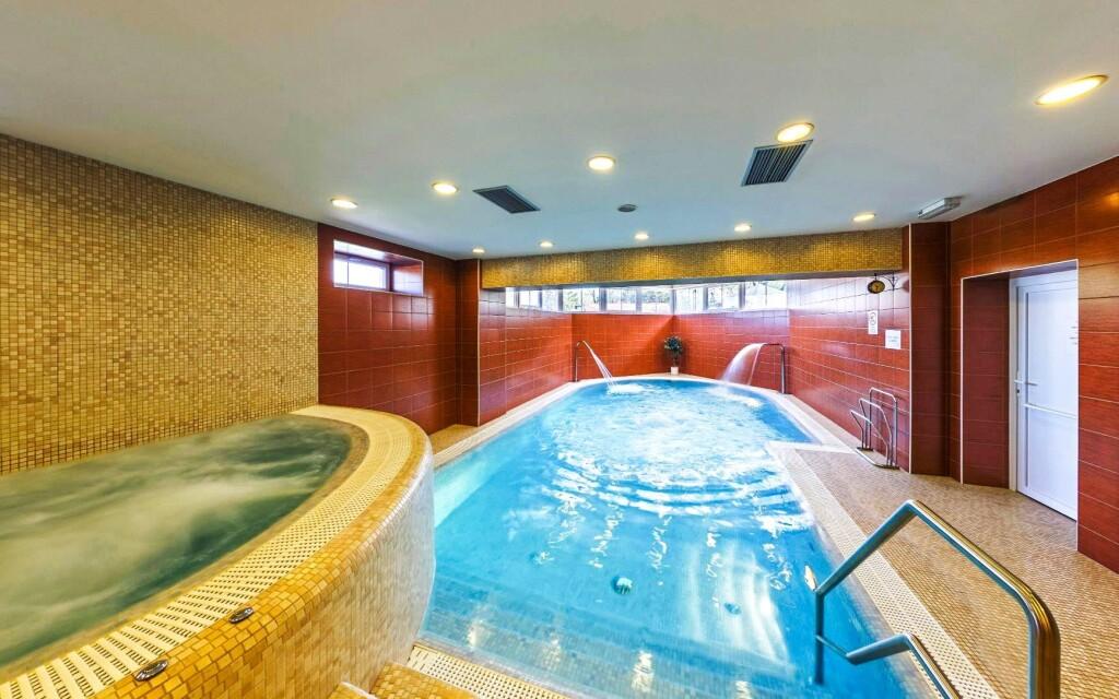 Wellness, bazén, vířivka, Hotel Hukvaldy, Beskydy