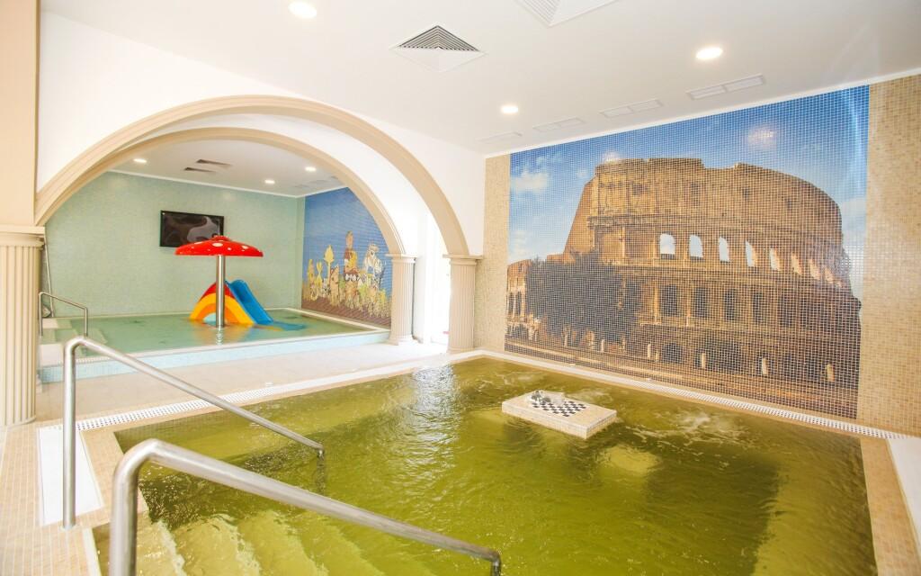 Vnútorné bazény, Termal Hotel Vesta, Maďarsko