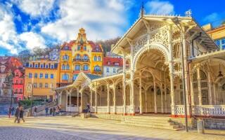 Karlovy Vary, lázeňské město, kolonáda