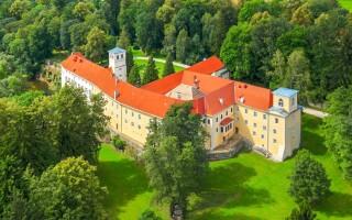Hotel Zamek na Skale ****, Ladek Zdrój, Polsko