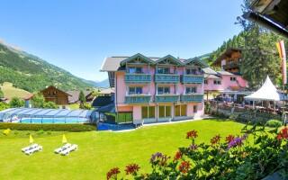 Letní Alpy lákají na sport i turistiku v krásné přírodě