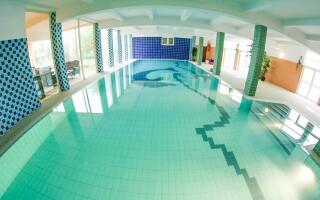 V bazéne môžete relaxovať podľa ľubovôle