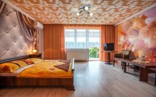 Krásna izba, Penzión Iveta blízko Podhájskej