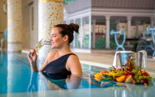 Bazén v Esplanade Spa & Golf Resortu *****