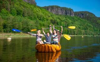Užijte si jízdu na raftu či kánoi v Českém Švýcarsku