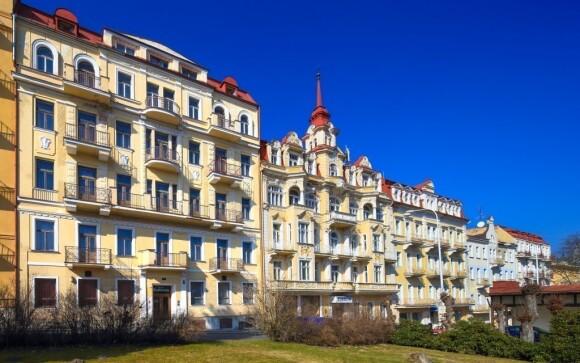 Hotel Romania*** najdete kousek od lázeňské kolonády