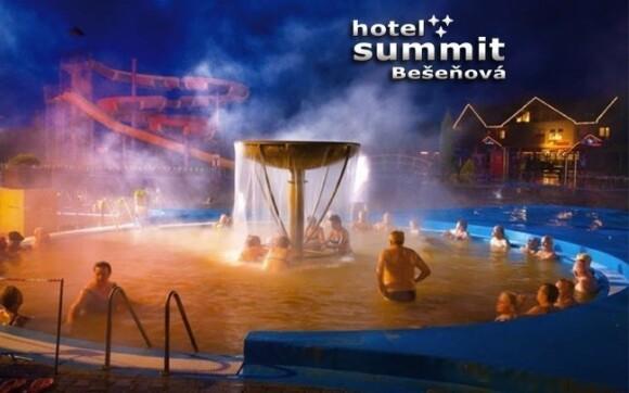 V aquaparku Bešeňová se můžete těšit na krásné bazény i spoustu atrakcí