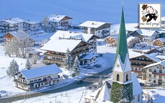 Hotel Thaler leží v městečku Hinterthiersee