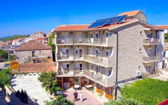 Hotel Makarska *** na Makarskej riviére, Chorvátsko