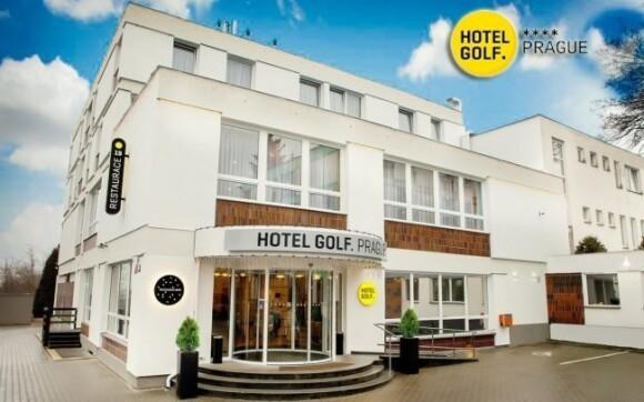 Luxusní Hotel Golf Praha**** leží jen kousek od centra