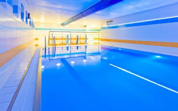 Zaplaváte si v bazéne v Lázně Flora Olomouc