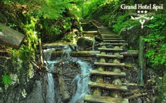 Ve Slovenském ráji určitě navštivte žebříkové stezky