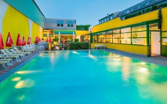 V případě teplého počasí oceníte venkovní bazén