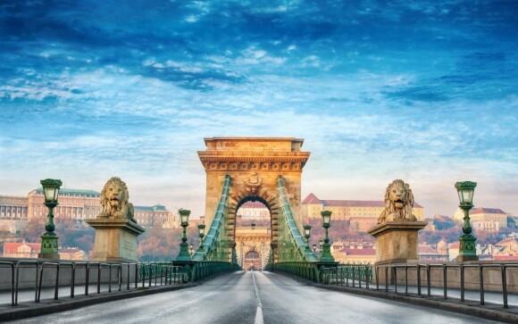 K Budapešti vás dovede hned několik mostů klenoucích se nad řekou