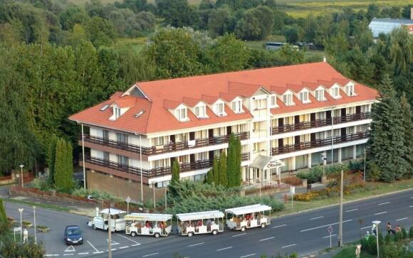 Hotel Forrás *** leží v ideálním místě