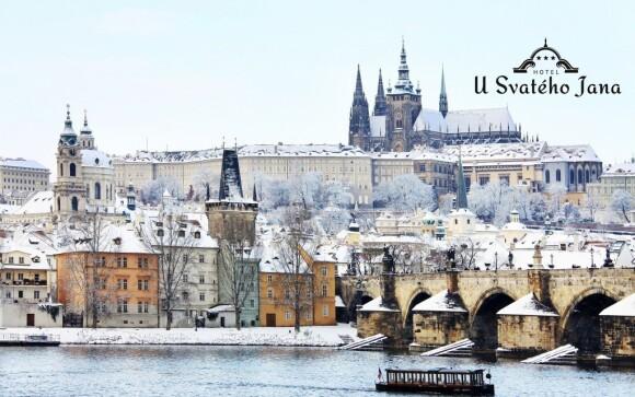 Procházky zimní Prahou jsou nabité romantickou atmosférou