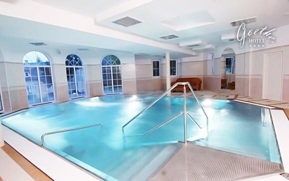 Užijte si neomezený vstup do krytého bazénu