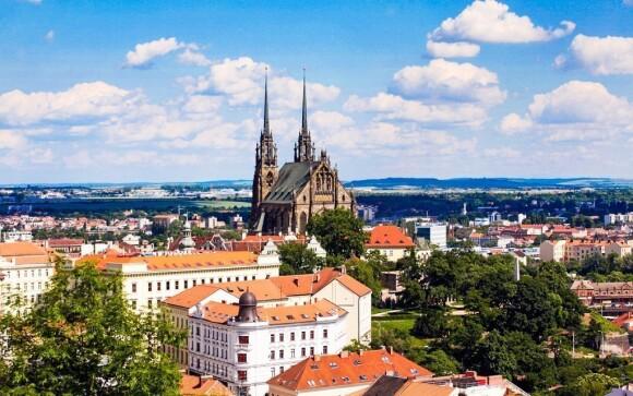 Vydejte se do nedalekého centra Brna, které je plné památek