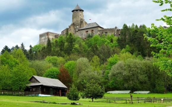 Udělejte si výlet za dominantou města Stará Ľubovňa