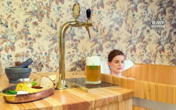 Pivní lázeň příznivě působí na vaši pokožku