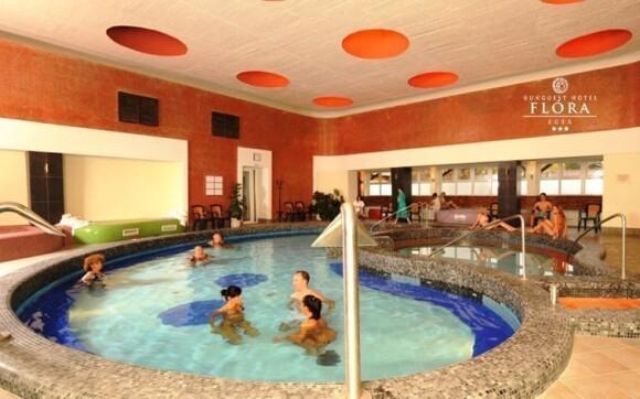 Osvěžíte se v hotelovém bazénu