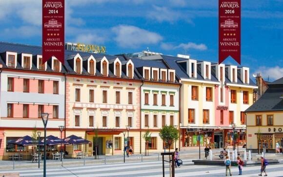 Oceněný Hotel Slovan **** najdete přímo ve středu Jeseníku,
