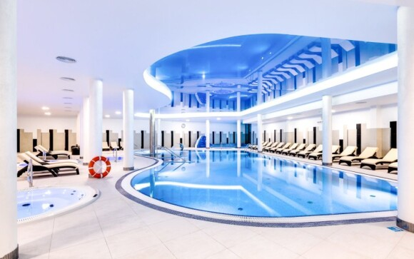 Do wellness centra s bazénem máte neomezený vstup