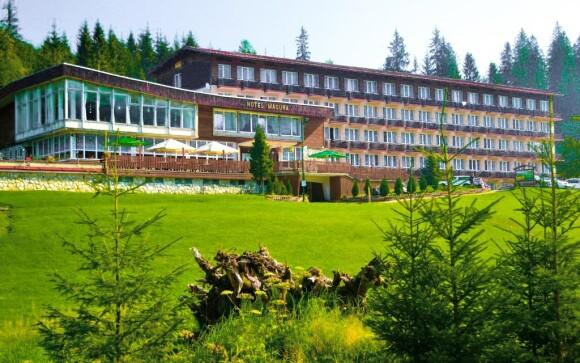 Hotel se nachází v nedotčené přírodě Belianských Tater