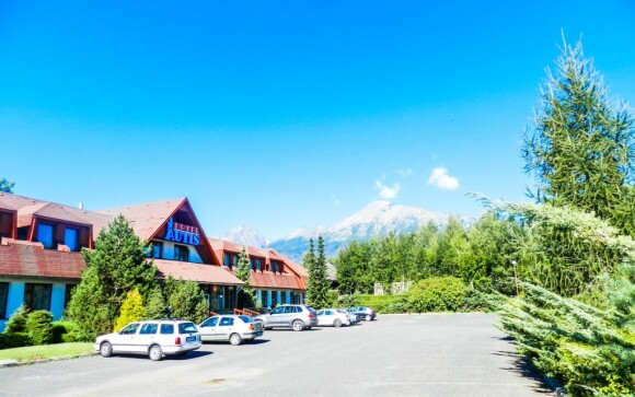 Hotel Autis *** stojí v Dolním Smokovci