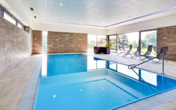 Vo wellness môžete kedykoľvek do bazéna i vírivky